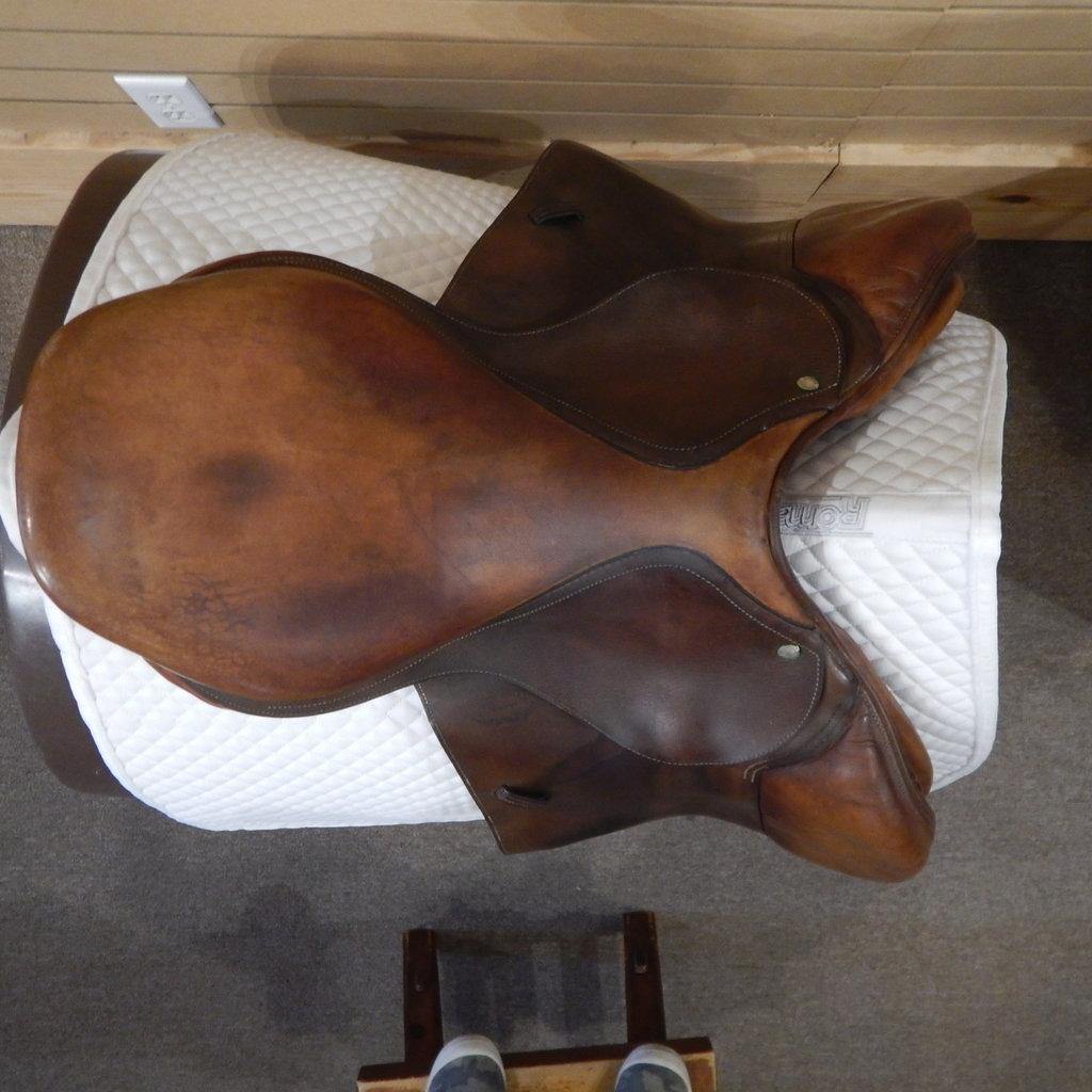 Used Devoucoux Biarritz Jumping Saddle - T 297