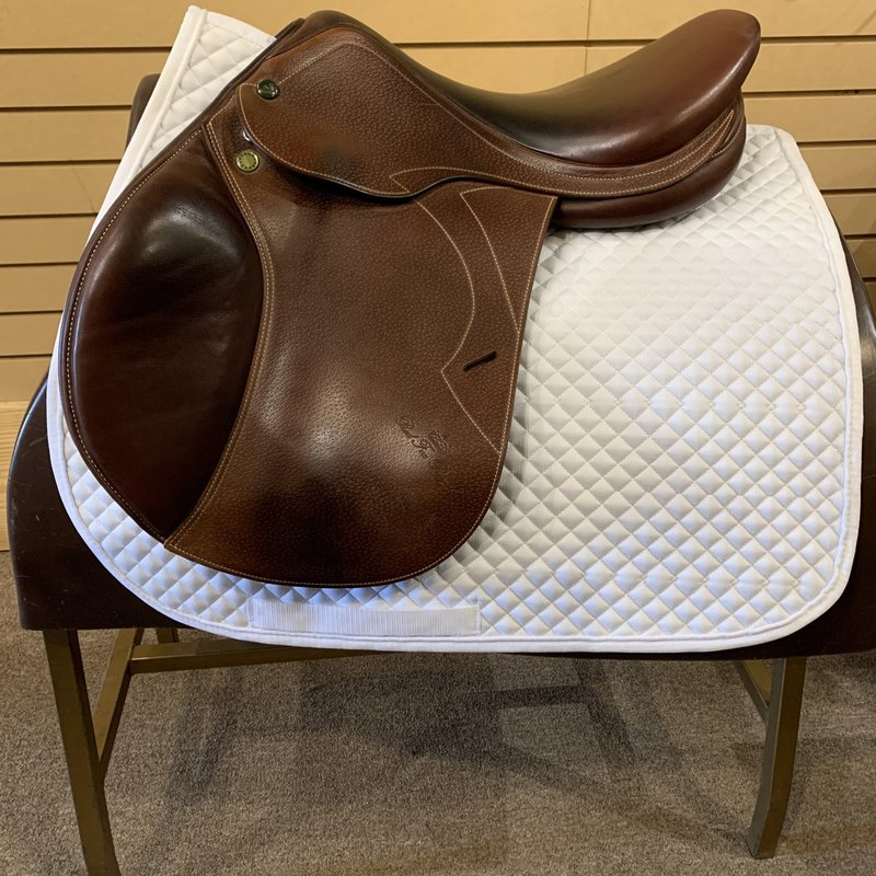Prestige Used Prestige Red Fox Royal Jumping Saddle