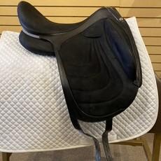Used Devoucoux Maki Hamonie Dressage Saddle - T312