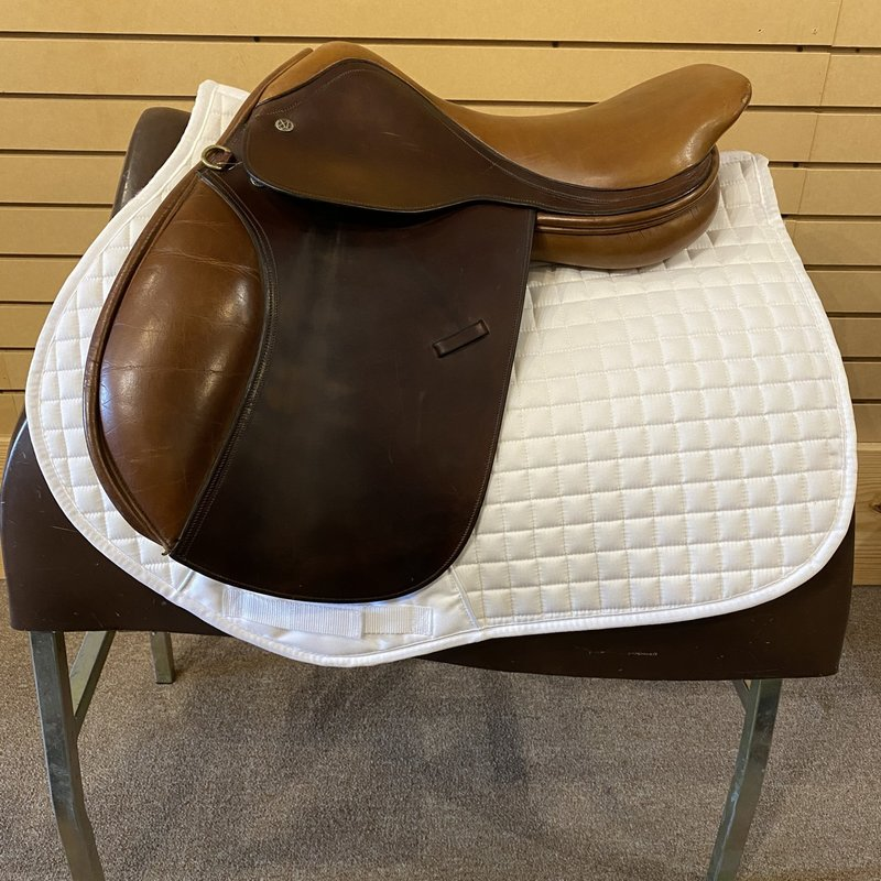Used Crosby Excel H Jumping Saddle