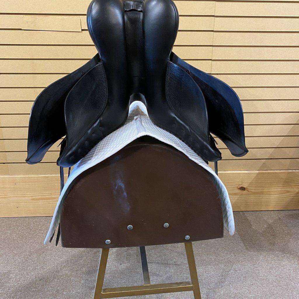 Anky Used Anky Dressage Saddle - T332