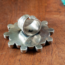Federico Abalone Ring size: 8 adjustable