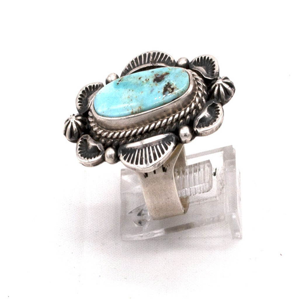 Oval Dry Creek in Silver Size: 8 Ring