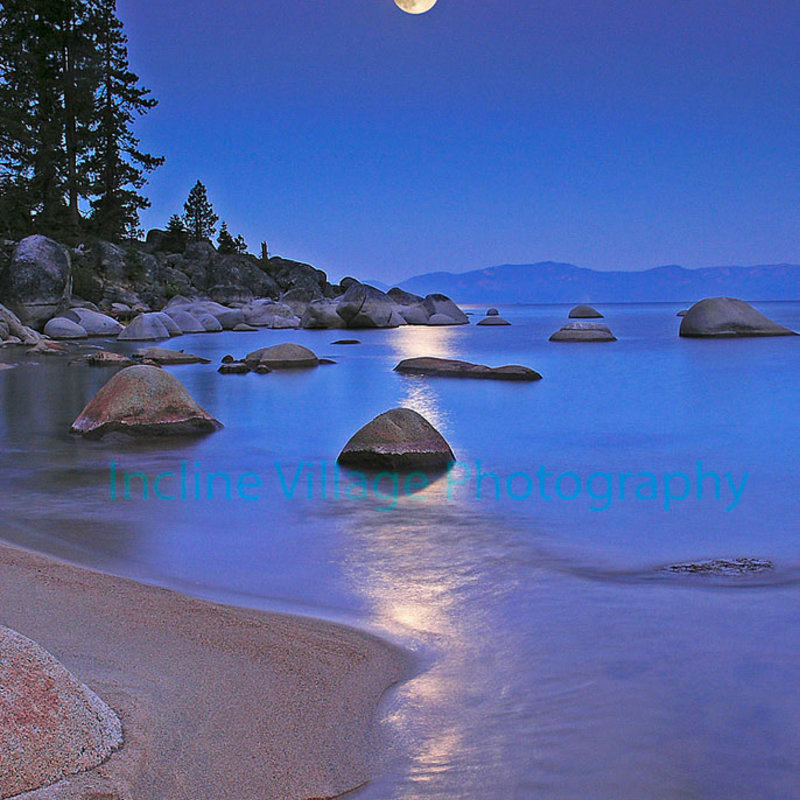 Tahoe Moonset