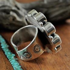 Federico Abalone Ring Size: 8.75
