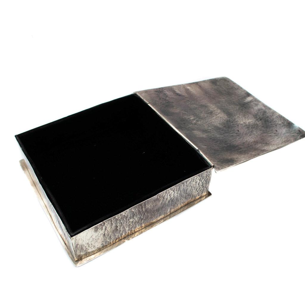 8 x 8 Square Box w/ Dimpless w/ large Turq.