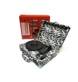"HH J DILLA - THE DILLA TURNTABLE + 7"" [Portable w/case /3 Speed/Speaker/ 45 Adaptor/ Extra stylus /USB, RCA, Headphone Jack]"