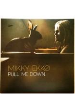 "PO MIKKY EKKØ - PULL ME DOWN 7"" (2013)"