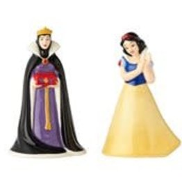 Pretty Strong Snow White and Evil Queen Salt and Pepper Shakers