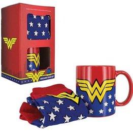 Pretty Strong Wonder Woman Mug & Socks Gift Set
