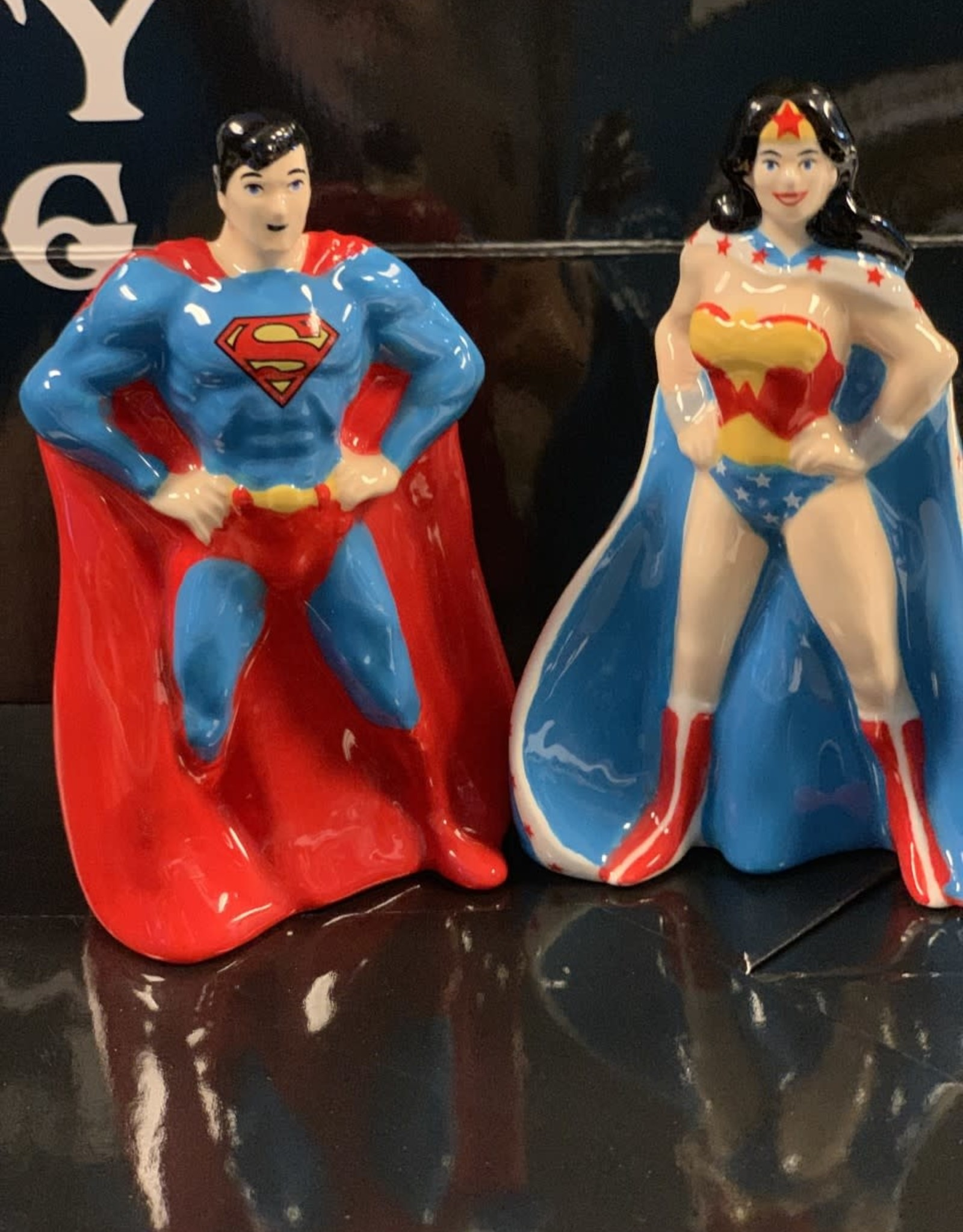 Pretty Strong Superman & Wonder Woman S&P Shaker