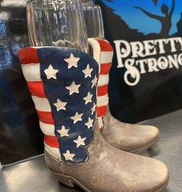 Pretty Strong Country Kicks