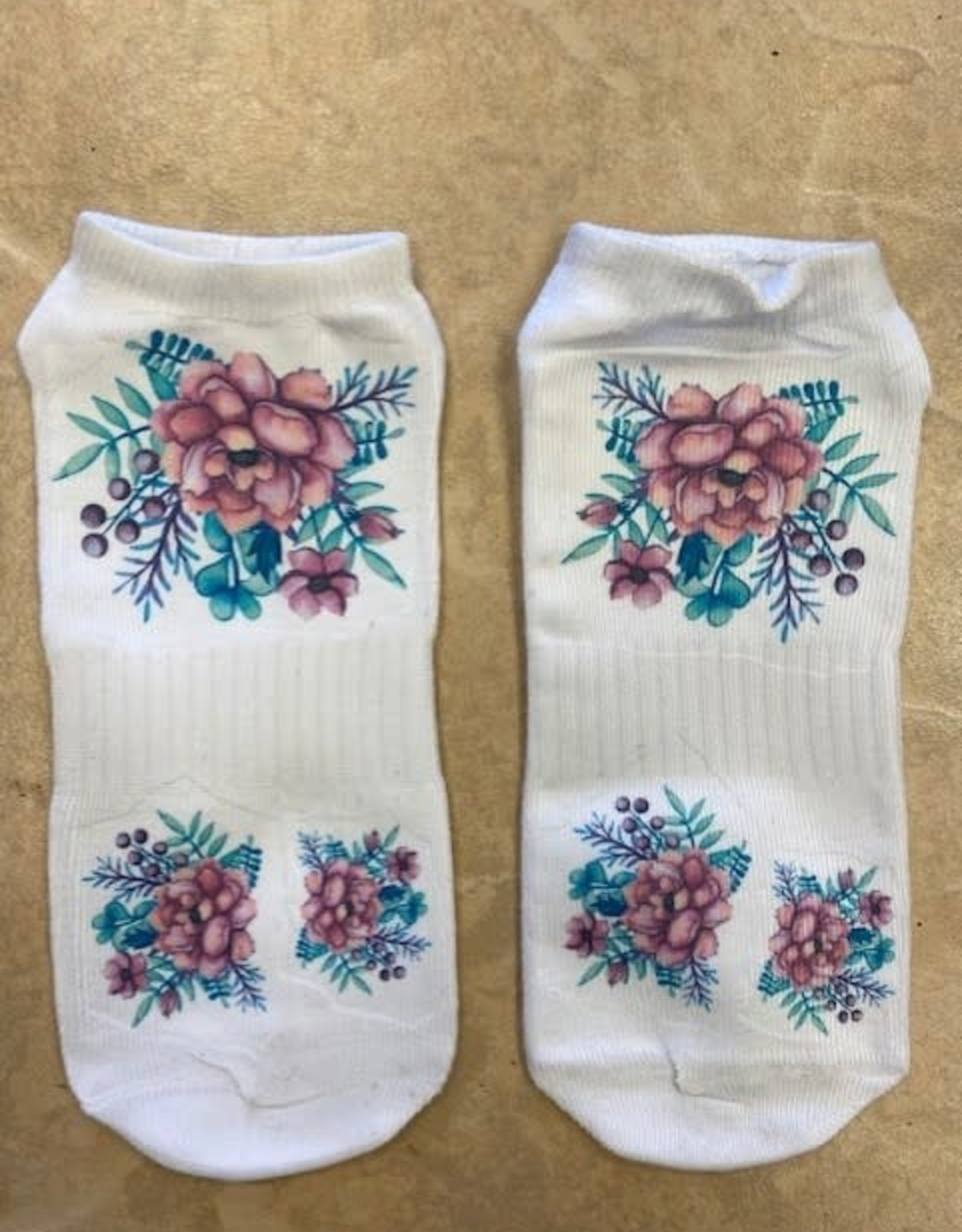 Pretty Strong Flower Socks