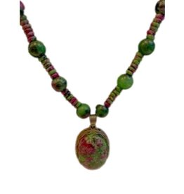 Pretty Strong Green and Purple Beaded Necklace