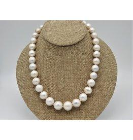 Pam Springall PS-N11C Fat Semi Baroque Wht Rnd Pearls