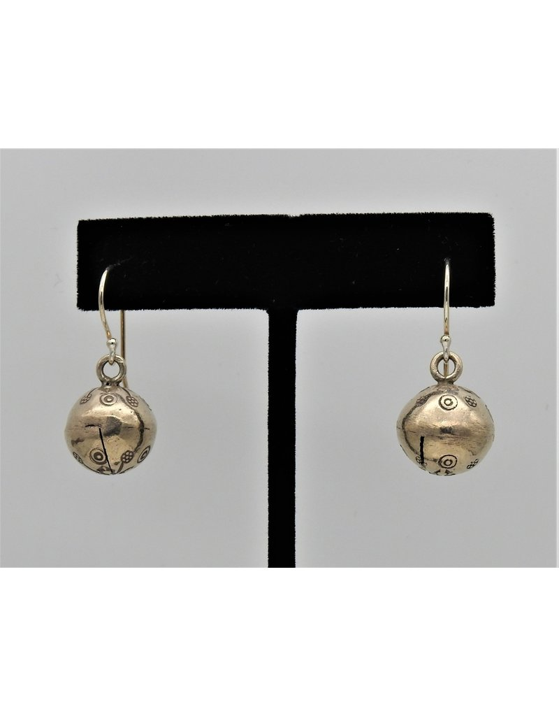 Pam Springall PS-E191C Silver Bell on wire
