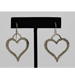 Pam Springall PS-E67C SS Hammered Heart on wire