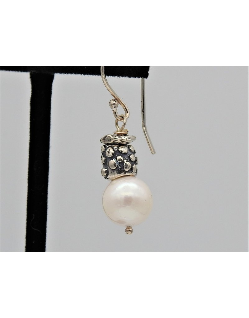 Pam Springall PS-E84C SS/Rnd Wht Pearls w/18 on wire