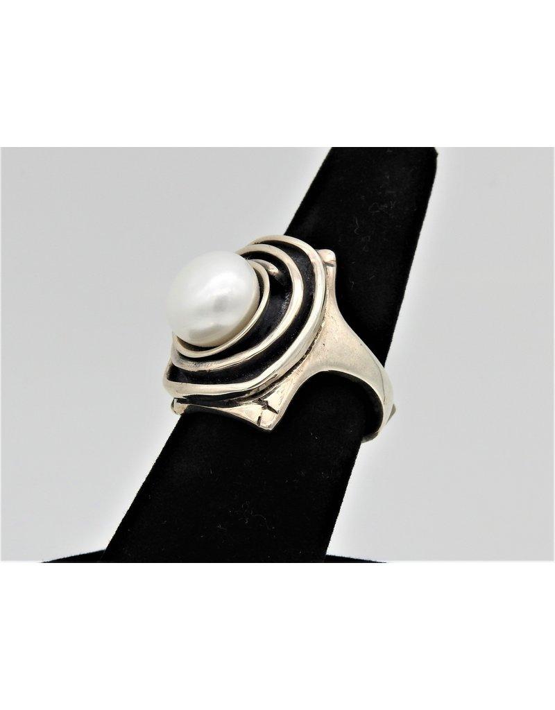 Judy Perlman JP-R31C Sterling silver w/ Pearl