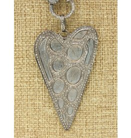 Diva Jewels 9684 (long heart diamond pendant)