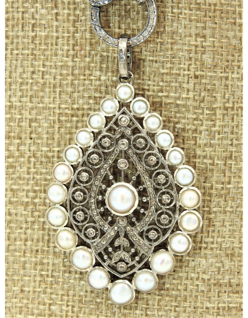 Diva Jewels 9722-P (Diamond and Pearl ornate pear pendant)