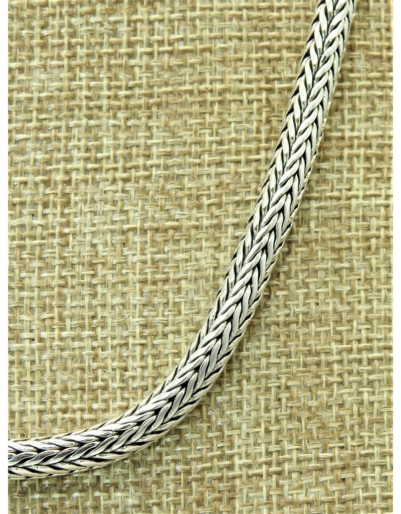 "Balinesia TN520 (20"" chain)"