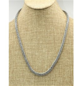 "Balinesia TN522 (22"" sterling chain)"