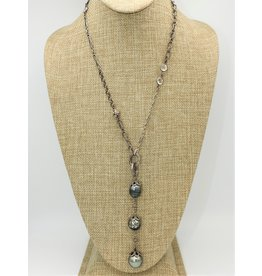 Gildas Gewels N1005C Tri-Carved Pearls, Vintage Chain