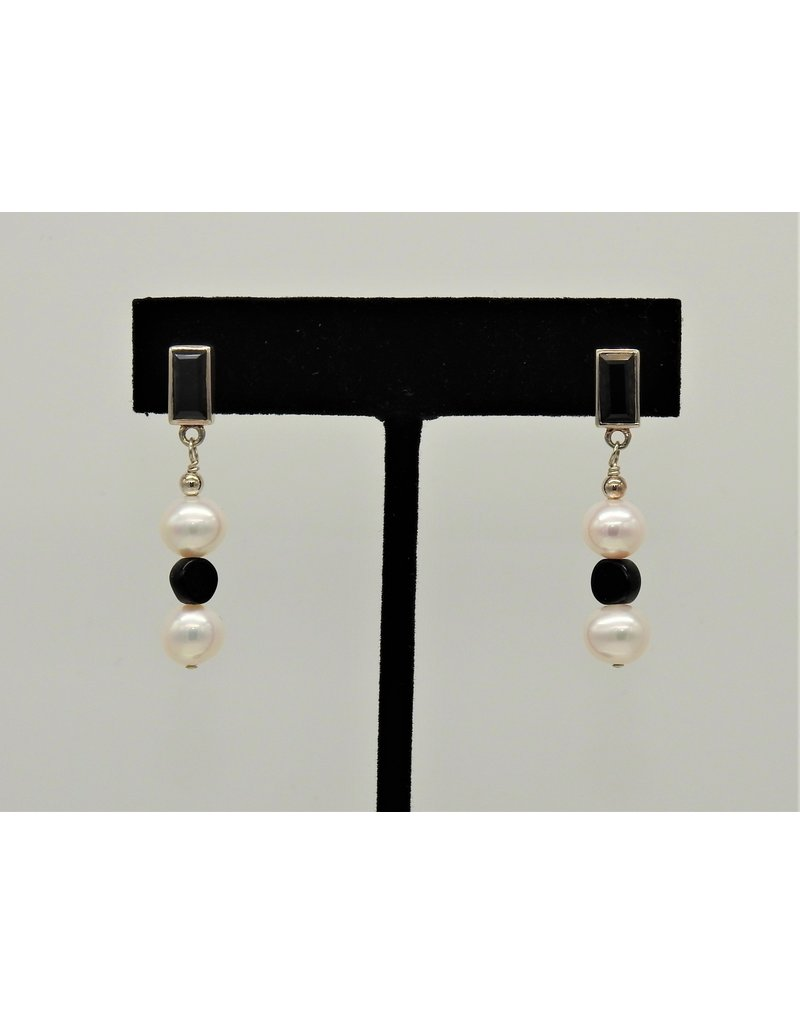 Paula Sass-Donnelly SS Blk Spinel, FWP & Onyx Earrings