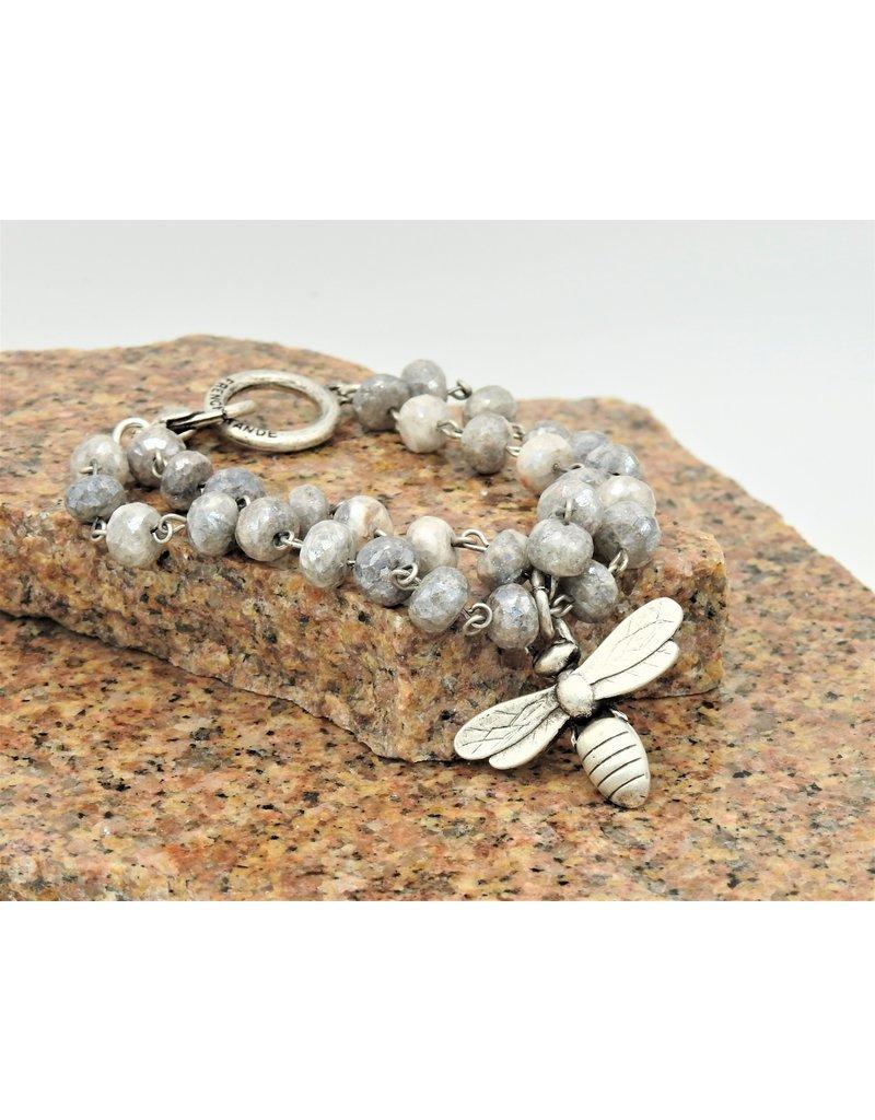 French Kande Dbl Strnd Fctd Silverite Lnkg & Miel Pend. Bracelet