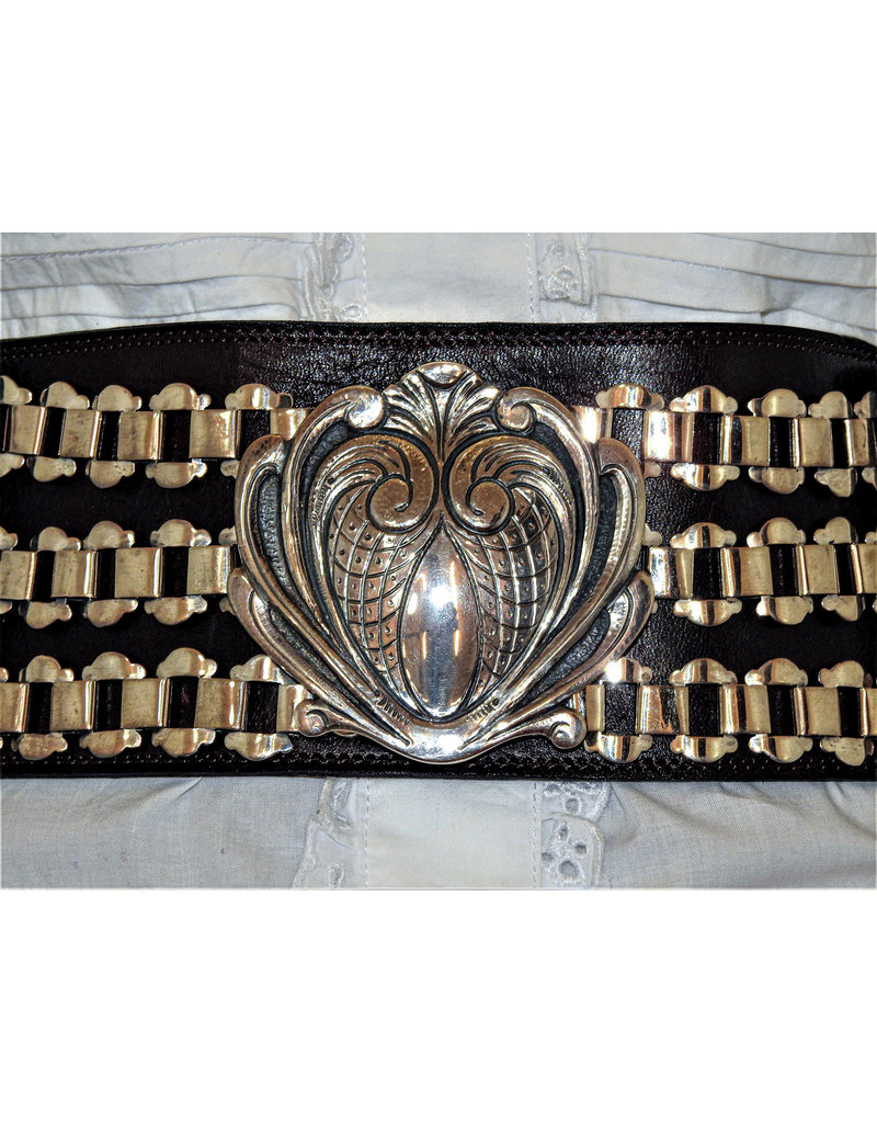 Mariano Draghi MD-C Heart 6 Chains Buckle, Black Leather Belt