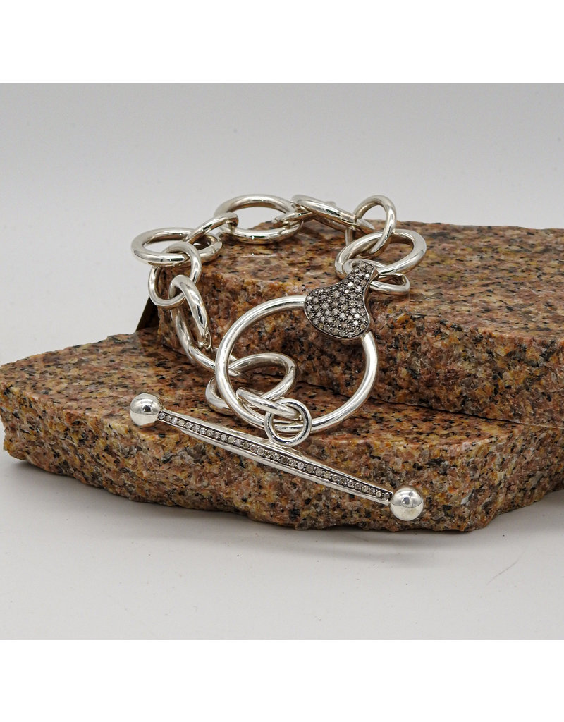 Vincent Peach Equestrian Toggle Bracelet