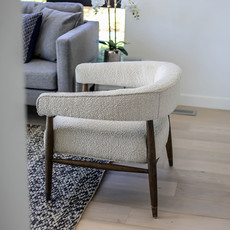 Everest Chair (Cream Boucle)