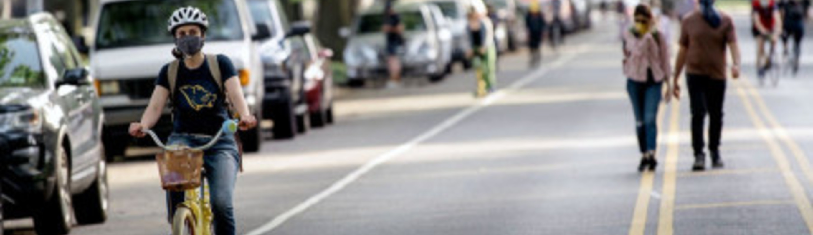100 THINGS TO KNOW ABOUT BIKING IN NYC : TESTED TIPS FROM EXPERIENCED CYCLISTS