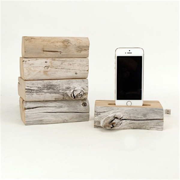 Docksmith Docksmith Single Live Edge Driftwood iPhone Dock