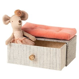 Maileg Maileg Mouse -  Little Sister Dancing Mouse in Daybed
