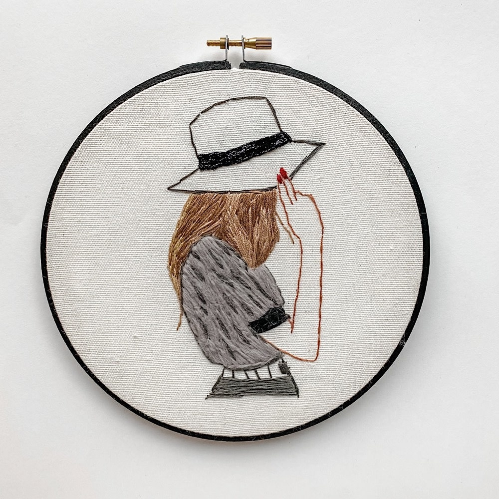 """Stitched On Langsford Embroidered Hoop 7"""" - Chic"""