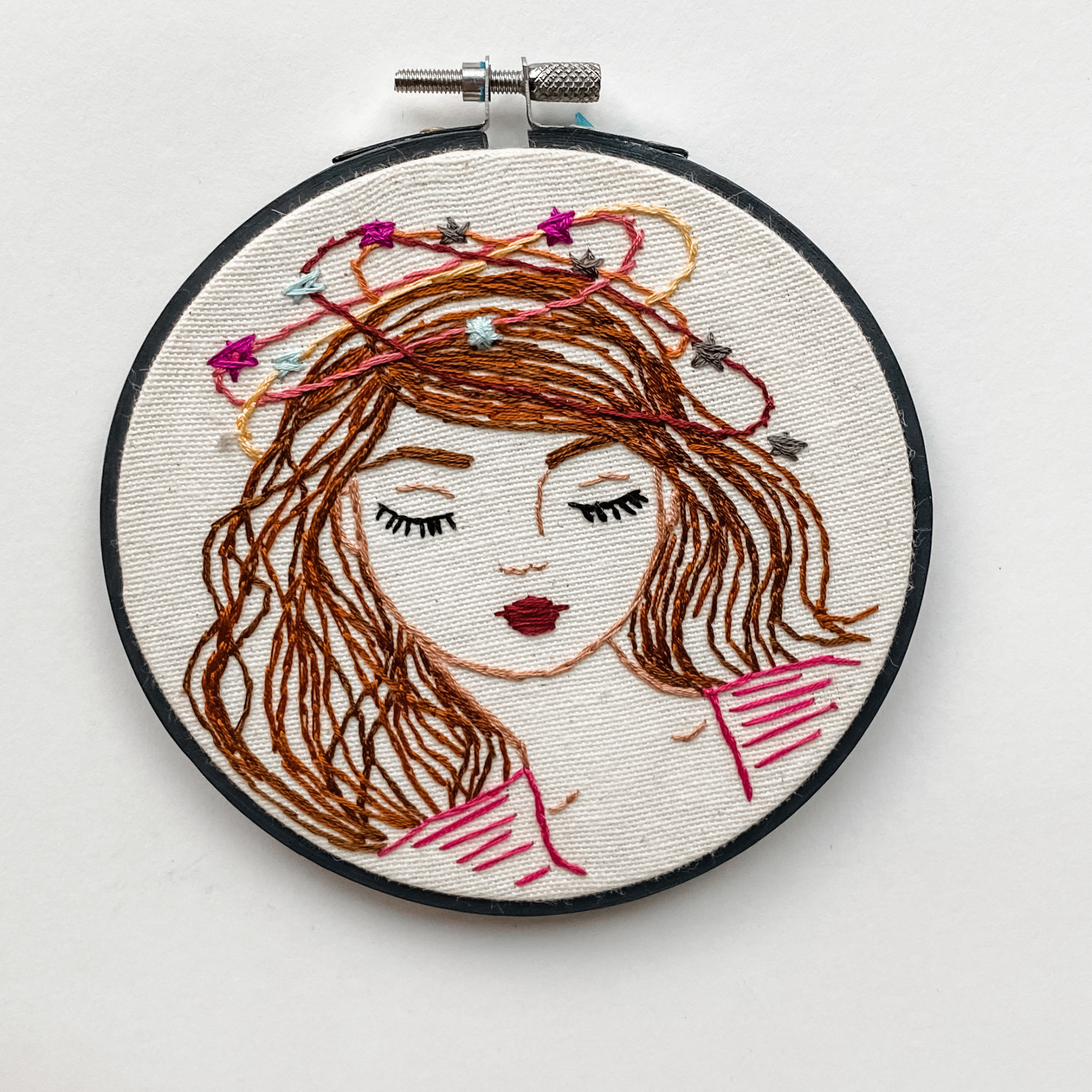 "Embroidered Hoop 5"" - Day Dreamer"