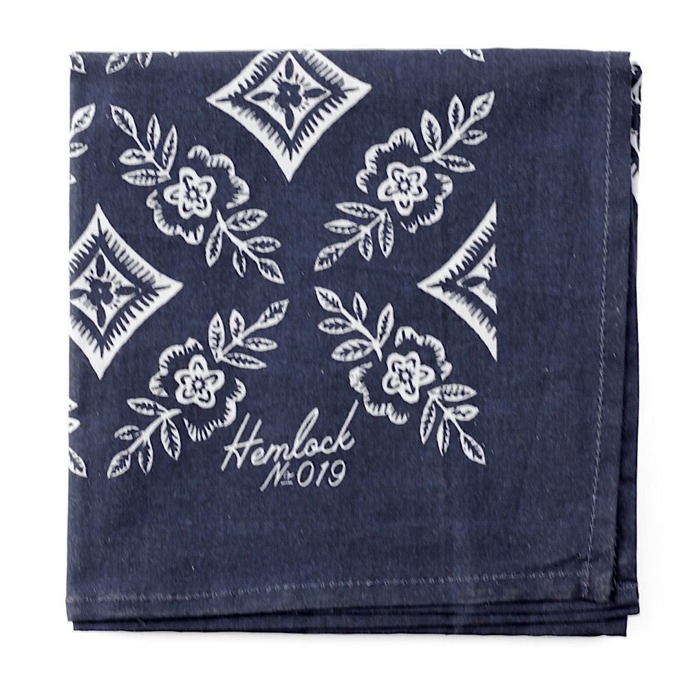 Hemlock Bandana - No. 019 Natalie