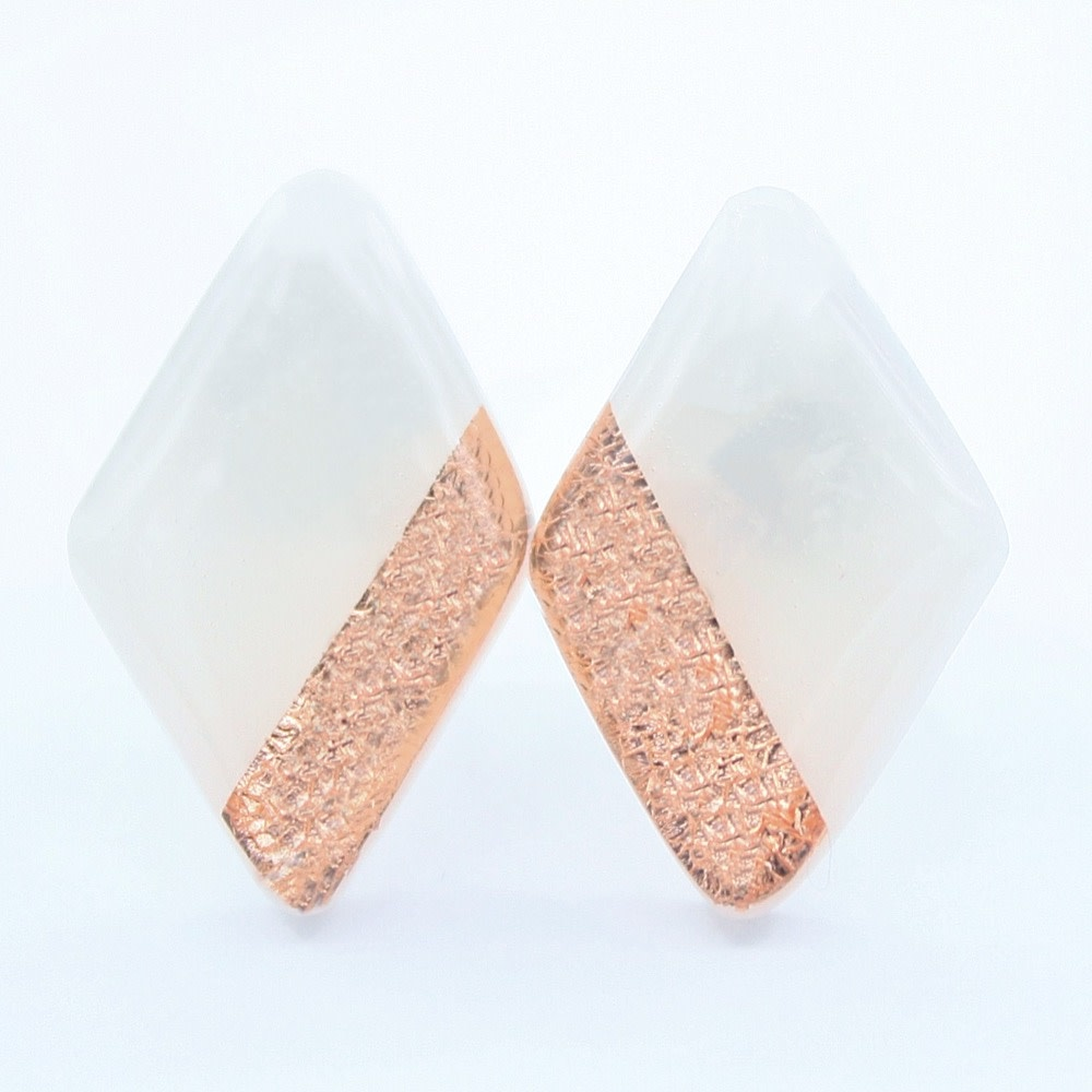 Clay N Wire Stud Earrings - White and Copper Diamond Shaped