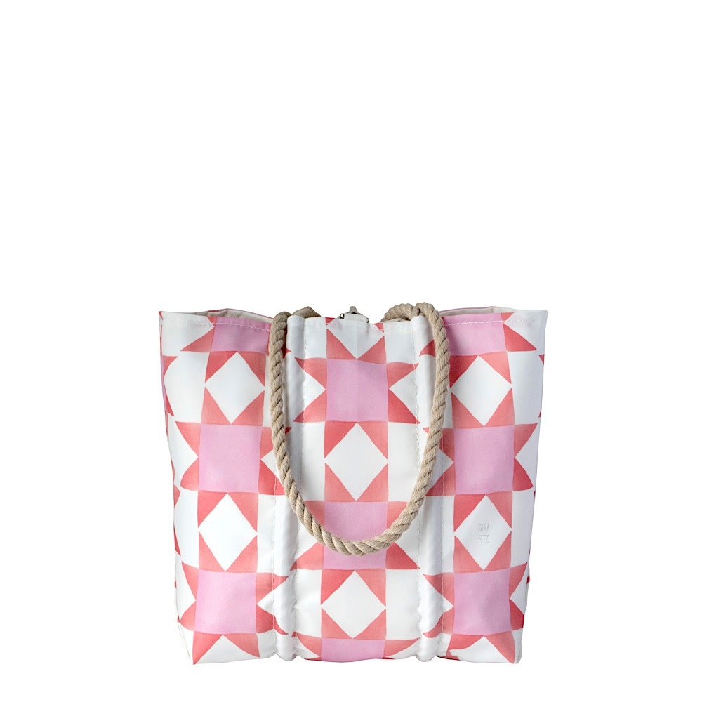 Sea Bags Sara Fitz - Red Pink Quilt - Small Handbag Tote - Hemp Handle with Clasp