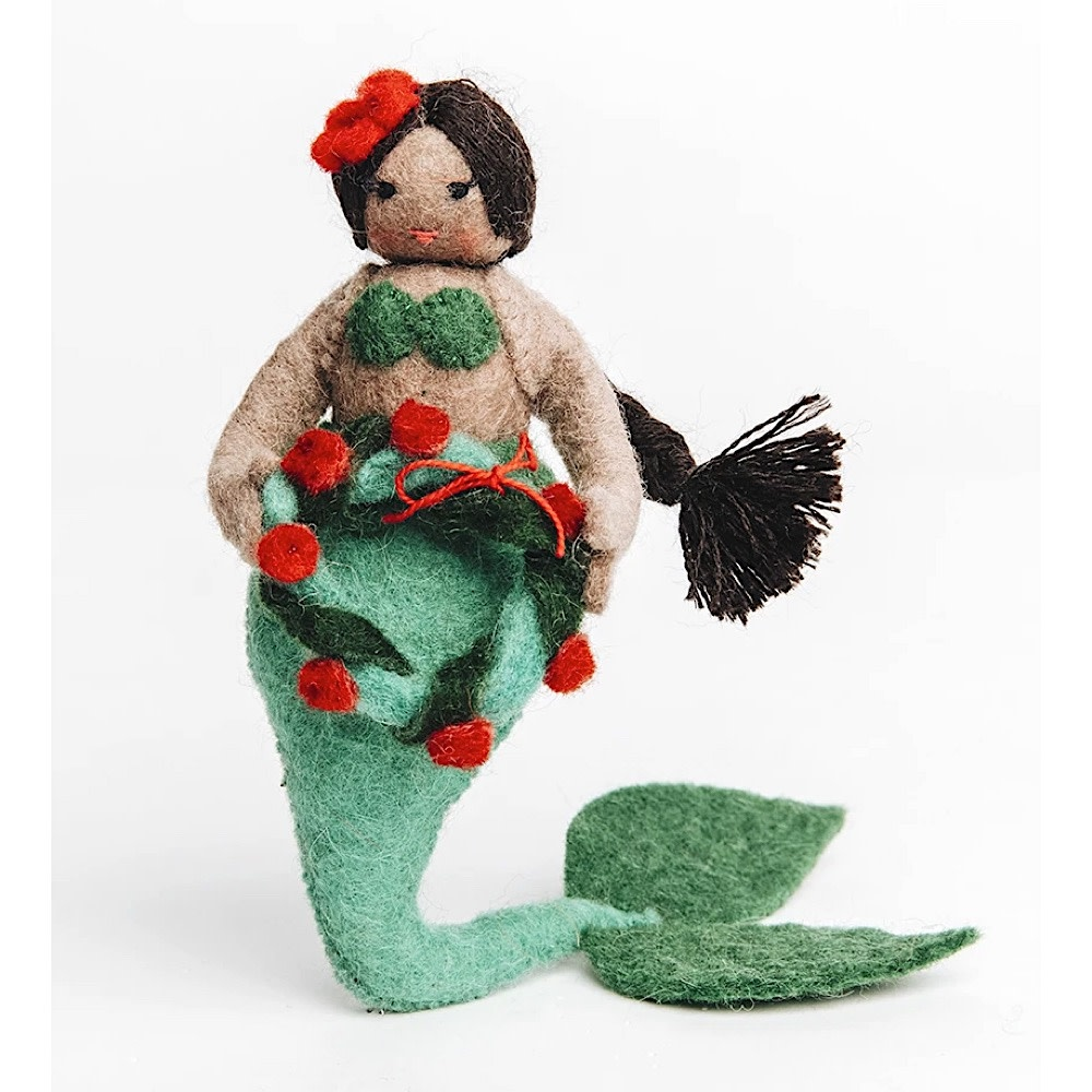 Craftspring Holiday Wreath Mermaid - Brown