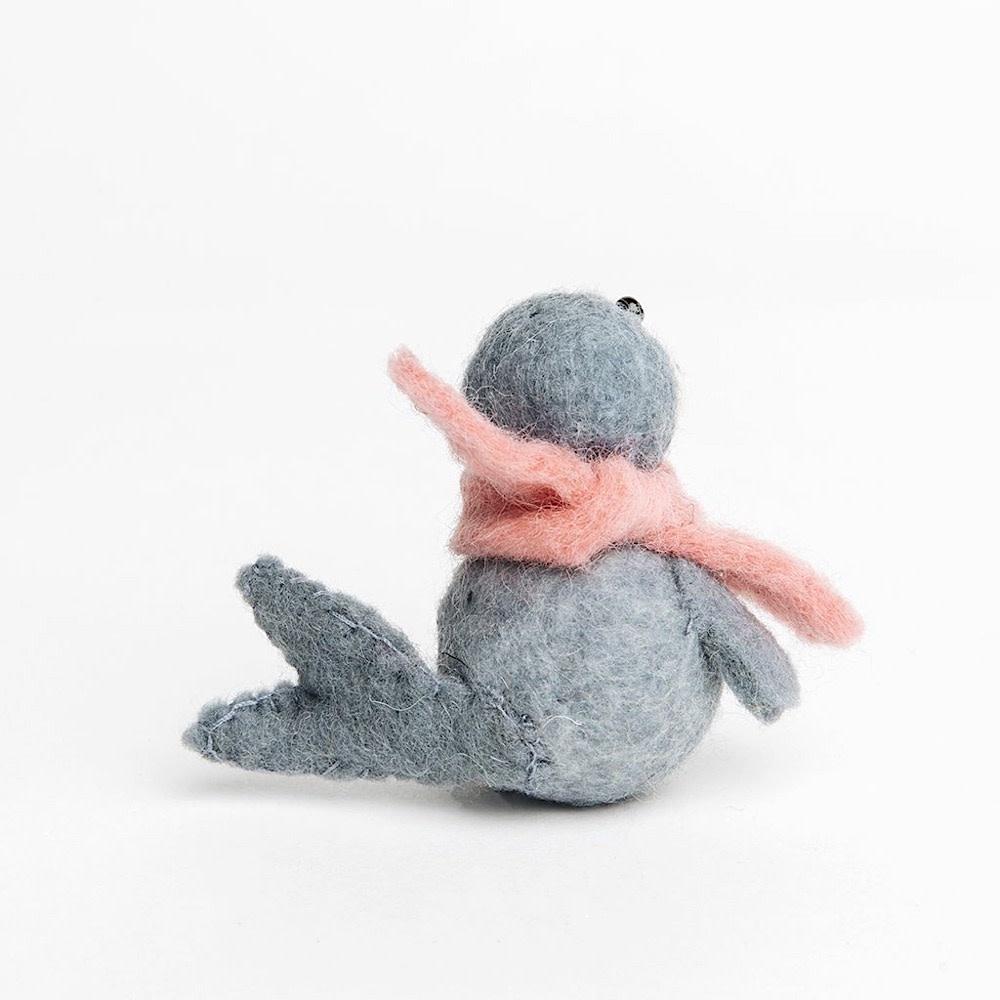 Craftspring Playful Seal Pup - Grey