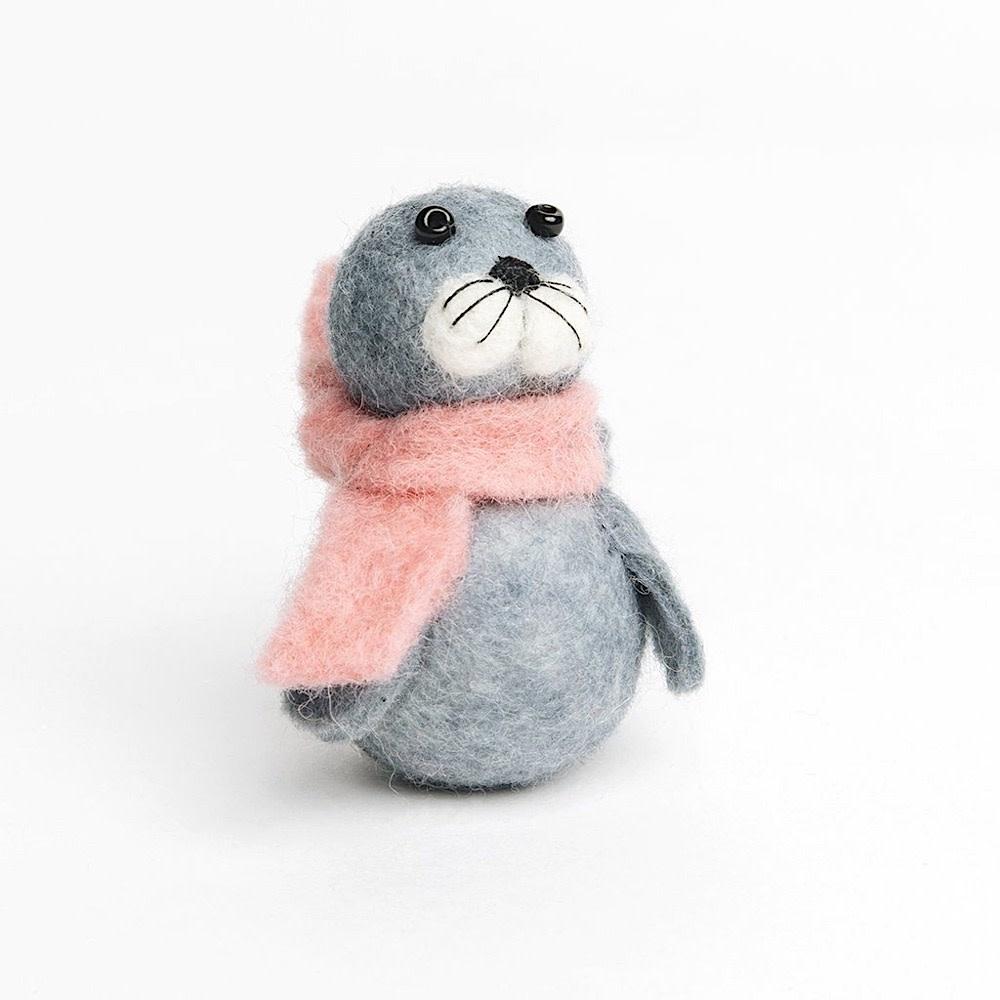 Craftspring Craftspring Playful Seal Pup - Grey
