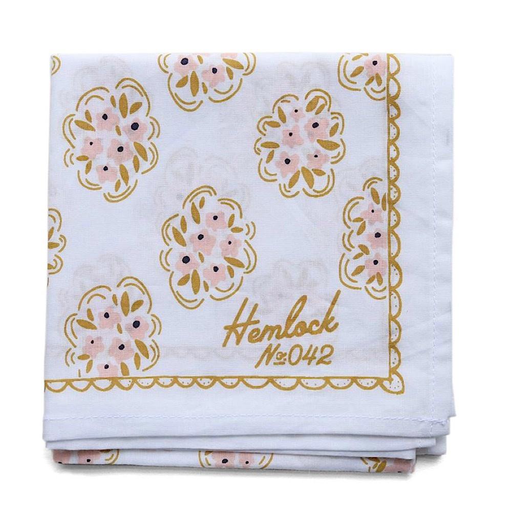 Hemlock Bandana - No. 042 Pearl