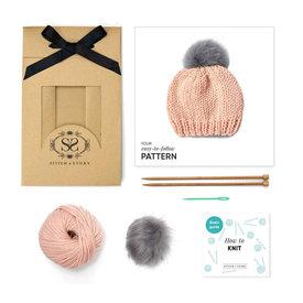 Stitch & Story Stitch & Story Baby Fur Pom Hat - Peach Pink/Grey Pom
