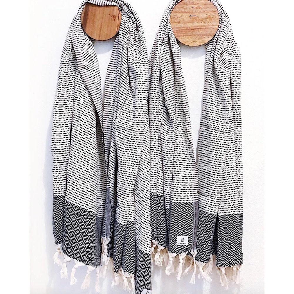 KT Woven - Soft Traditional Peshtemal Scarf - Beige