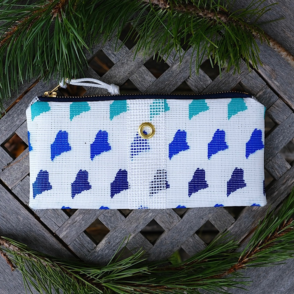 Alaina Marie Bait Bag Wallet - Custom Maine Ombre Blue