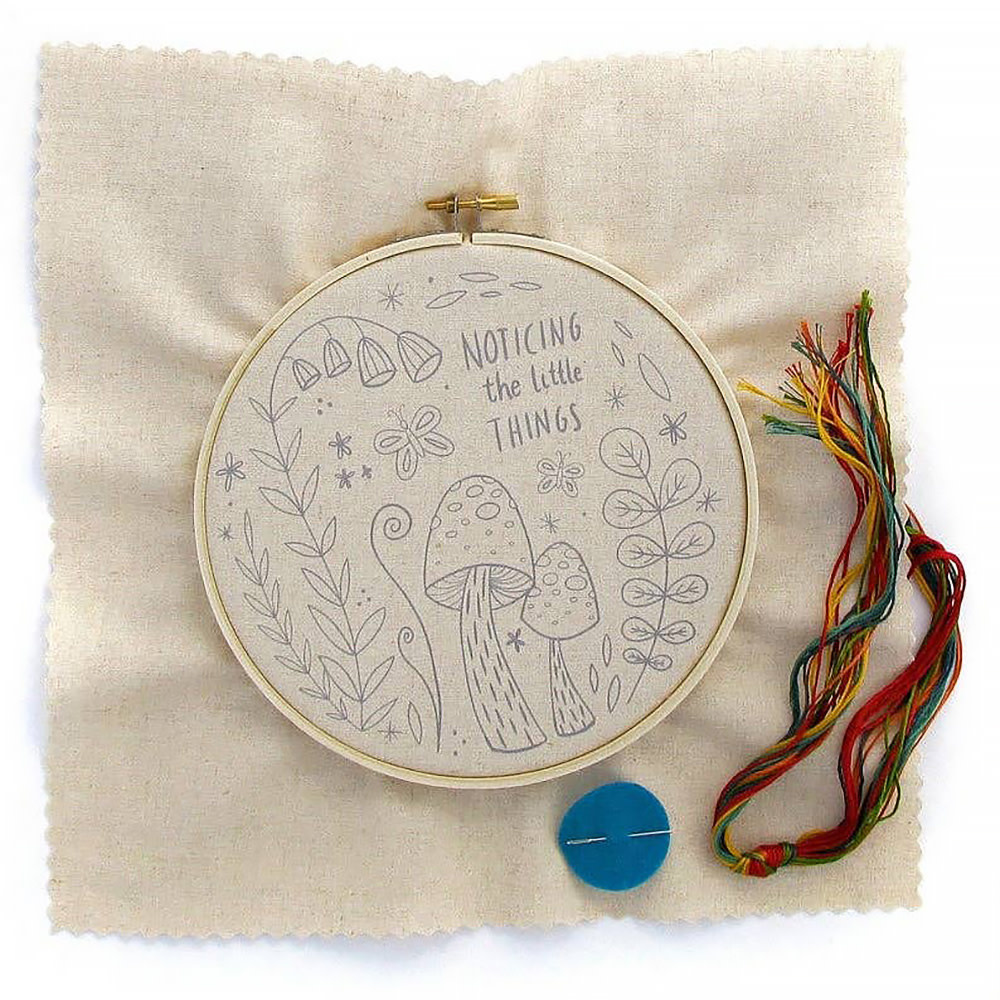 Little Truths Studio - Embroidery Kit - Noticing