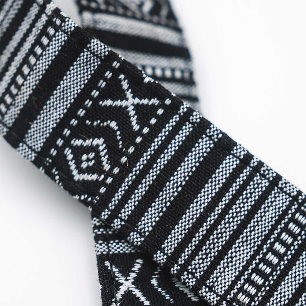 Nocs Provisions Strap for Binoculars - Black/White Woven Tapestry